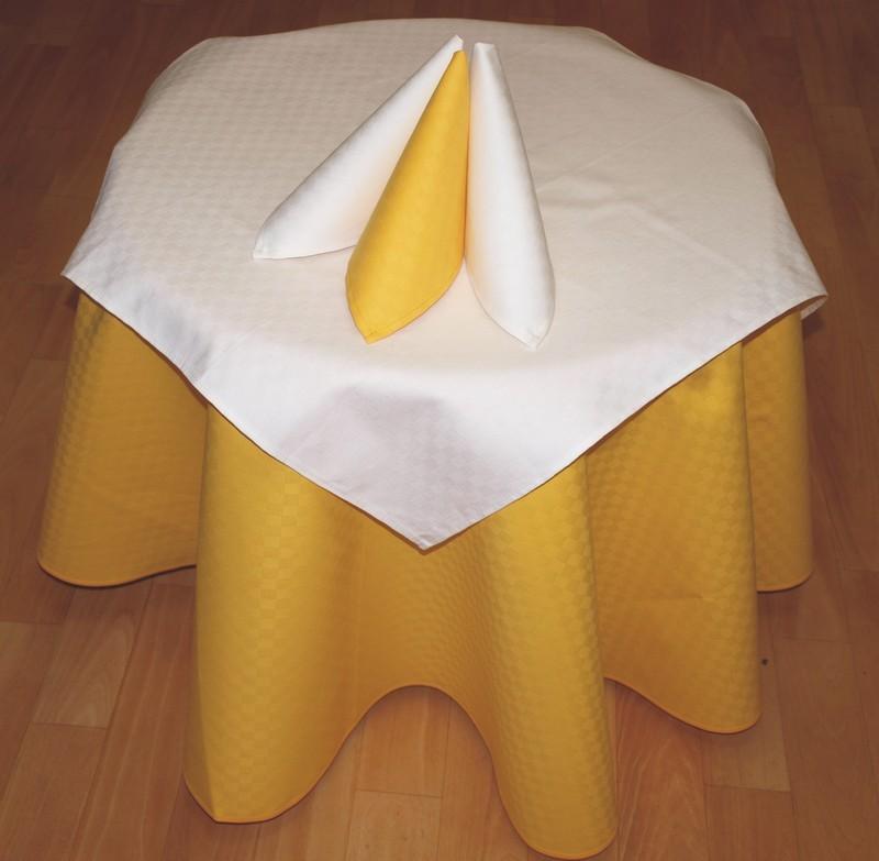 Forbyt  Ubrus bavlněný, s nešpínivou úpravou žlutá 120 x 140 cm + 4 ks 40 x 40 cm