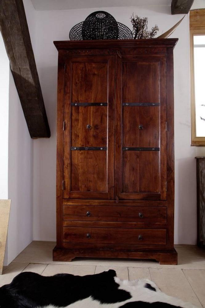 Masiv24 - Koloniální skříň, masivní akátové dřevo CAMBRIDGE